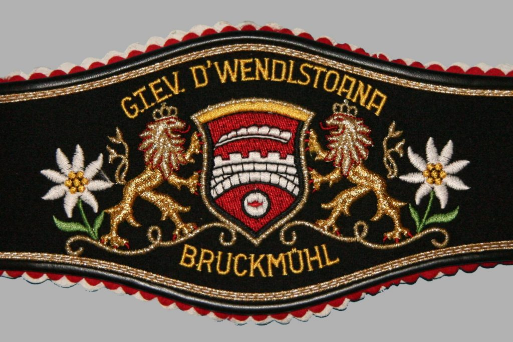 Hosenträger Trachtenverein Bruckmühl